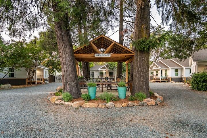 Creektown Cottages