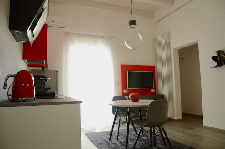 My Home in Bologna - La Rossa
