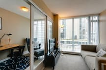 Perfect for Business 1BR★City View Peaceful ★ Zen!
