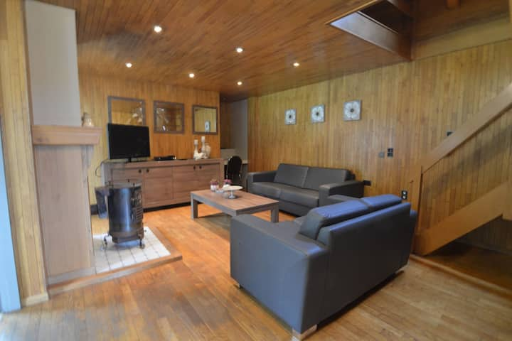 Spacious Holiday Home in Peer with Garden