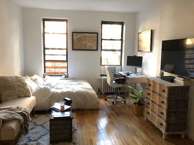 Cozy Studio in Manhattan, Upper East Side