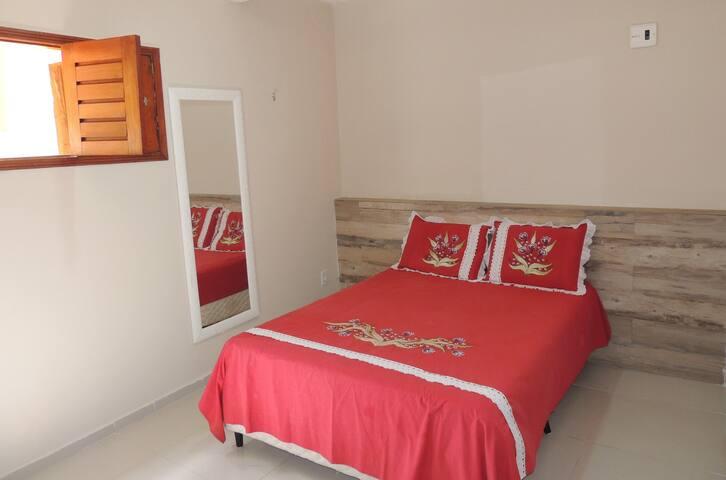 Suítes, cozinha e área de lazer a 100m do mar - Cotovelo - House