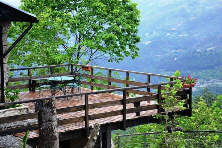 Abrigo de Montanha Pedra Pinta - Gerês
