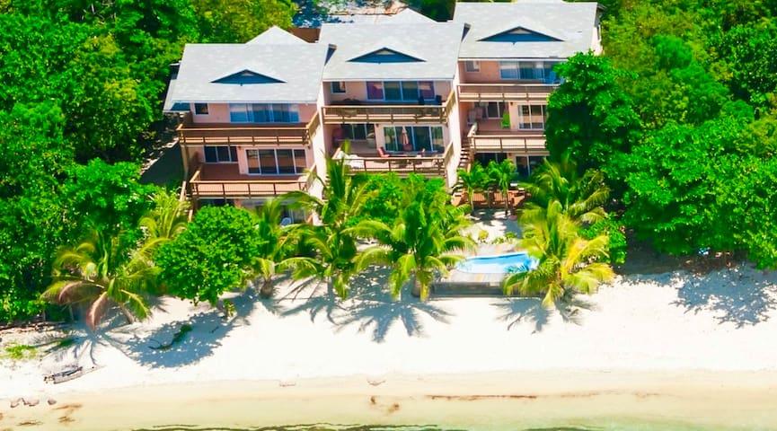 Luxury Beachfront sleeps 4