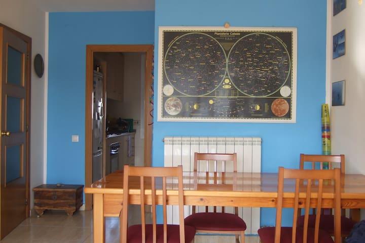 Apartament acollidor i lluminós, Girona. - Gerona - Appartement