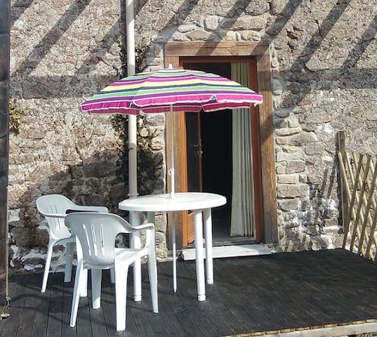 Gite for 2 in a converted Barn in the Limousin - Bessines-sur-Gartempe - Andere