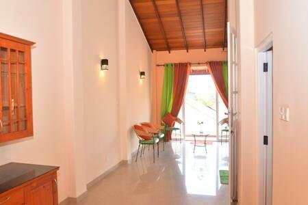 Colombo Hub - Nugegoda - 公寓