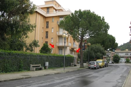 APPARTAMENTO VACANZE A  m 800 MARE - Borghetto Santo Spirito