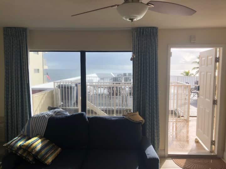 Florida Beachfront Resort Condo for rent