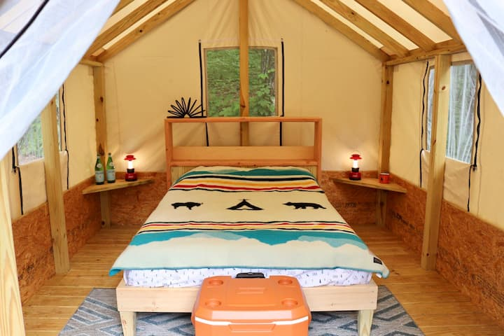 Hudson Valley Glamping Tent @ Treetopia 002