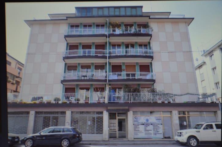 Confort, Venice-Mestre, Italy