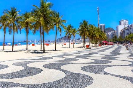 Studio Copacabana - Posto 02 (100ms da praia) - Rio de Janeiro