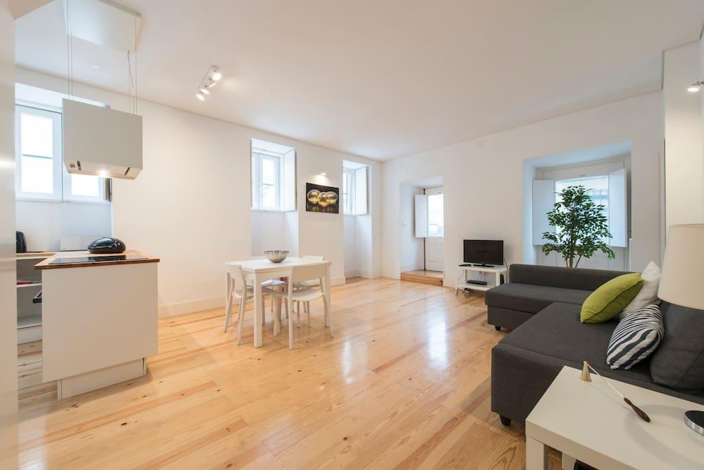 nouveau bel appartement bairro alto principe real appartements louer lisboa lisboa portugal. Black Bedroom Furniture Sets. Home Design Ideas