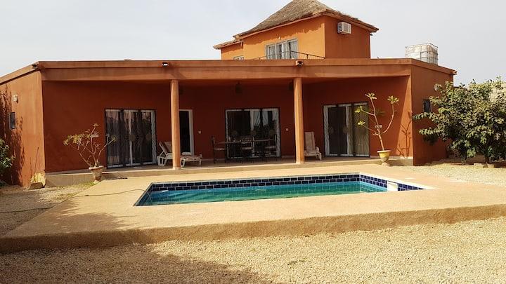 Magnifique villa  piscine privé à 600m de la mer