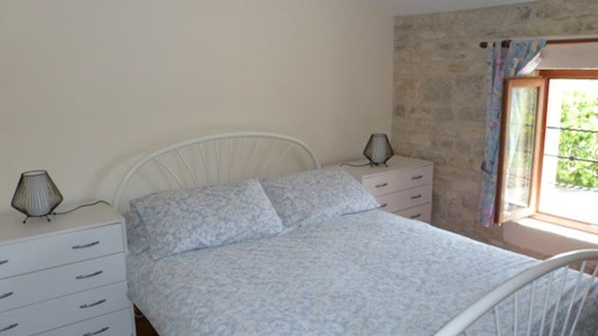 Stone cottage 4p, heated pool and wifi - Louzignac