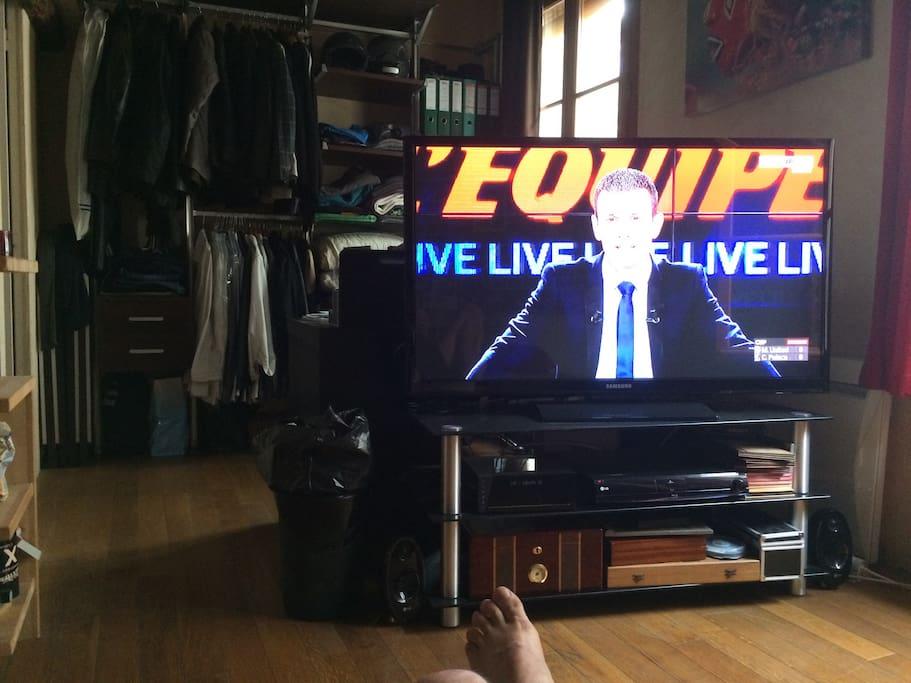 Écran TV grand format
