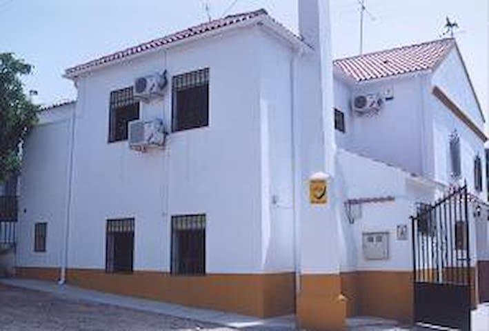 Lucena - House