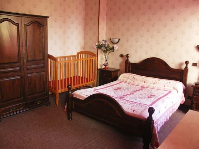 VIF 38450 chambre privative famille