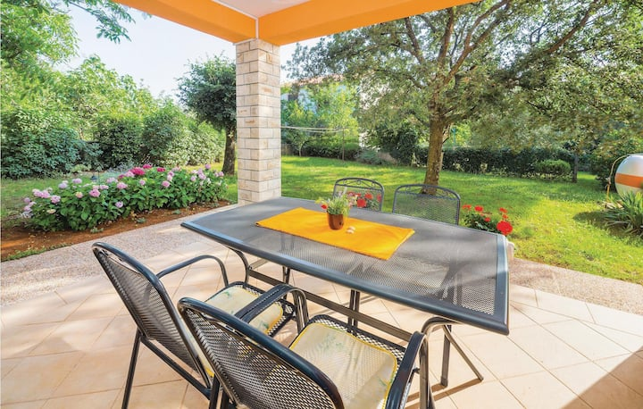 Awesome home in Labin with WiFi and 2 Bedrooms