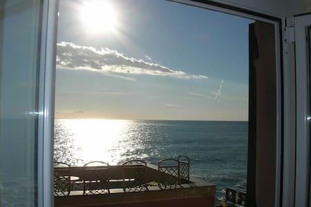 romantico nido fronte mare - Genova - Huoneisto