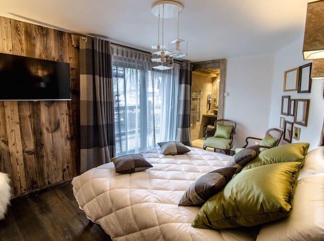4 bedrooms ski penthouse near skislopes
