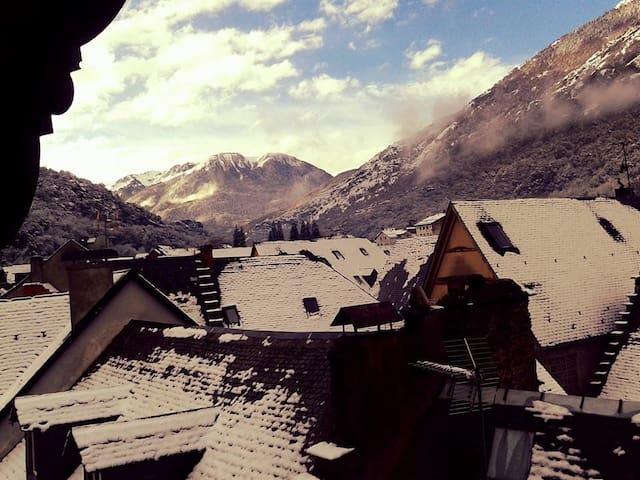 Acogedor apartamento en la Vall d'Aran - Les - House