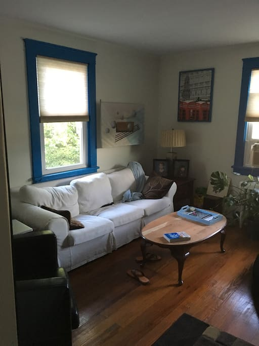 small bed small bedroom 9x9 apartments for rent in allentown