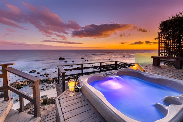 20% OFF MAR/APR - Oceanfront Beauty, Private Jacuzzi, Endless Ocean Views