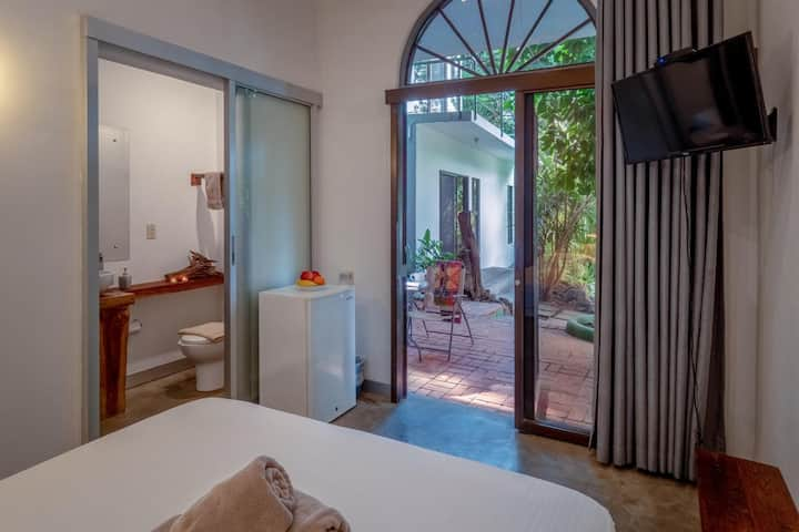 Private Room shared pool, Casa Nahua / #10