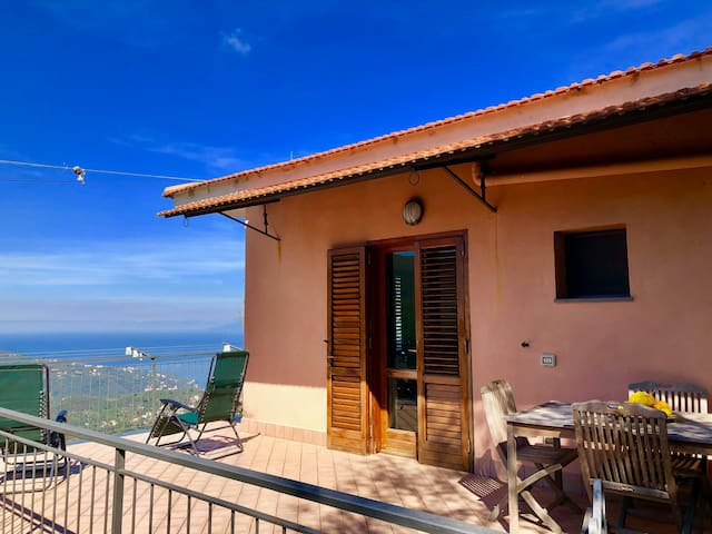 B&B /App near Sorrento