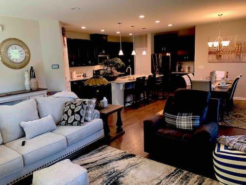3 Luxury Bedrooms and loft     Duke RTP Durham NC