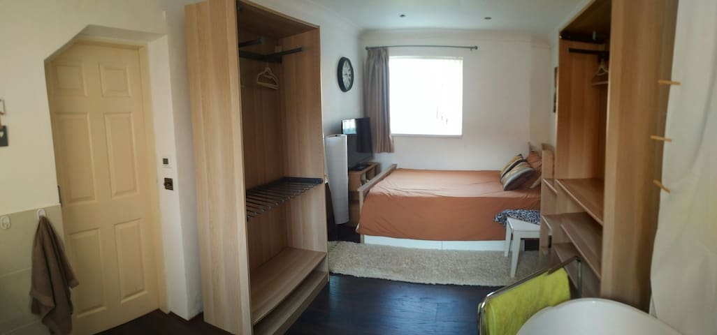 Spacious room with lots of storage & p. bathroom