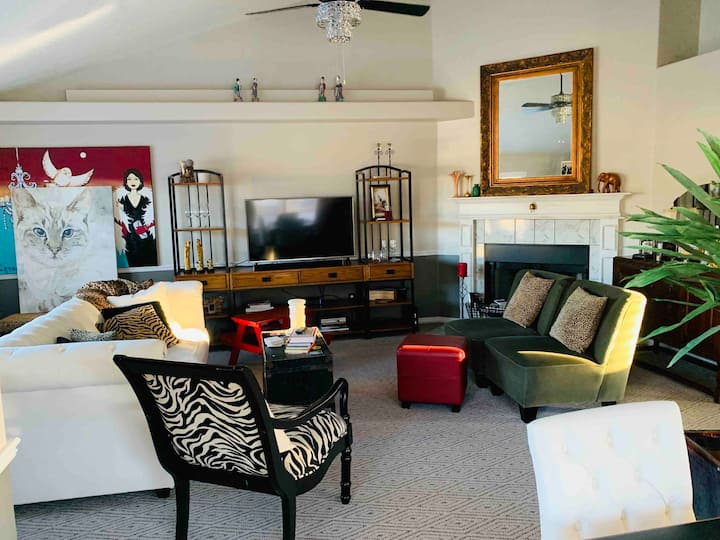B Suite 2 – Stylish House On Park, Near Airport