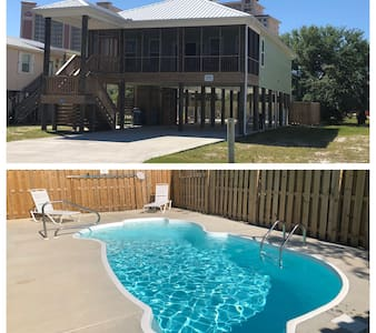GREAT LOCATION- Private Pool - Beach Minutes Away!