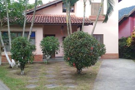 Casa Sobrado Barequeçaba - São Sebastião - Casa