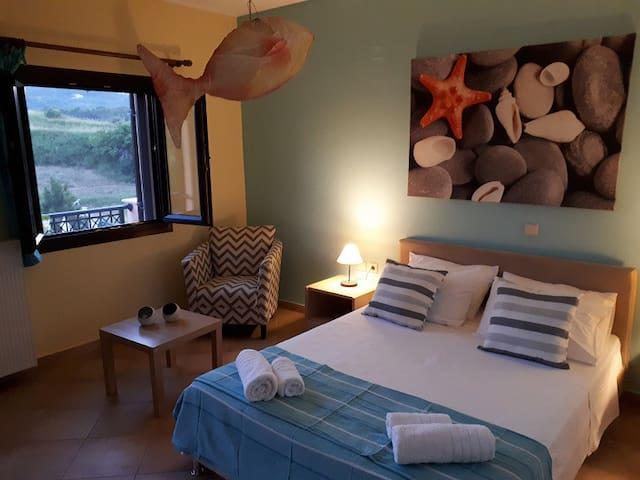 Quiet 2 room apt in villa Panmar near the beach