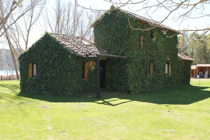 Casa de Campo junto al río Tajo - Guadalajara - Huis