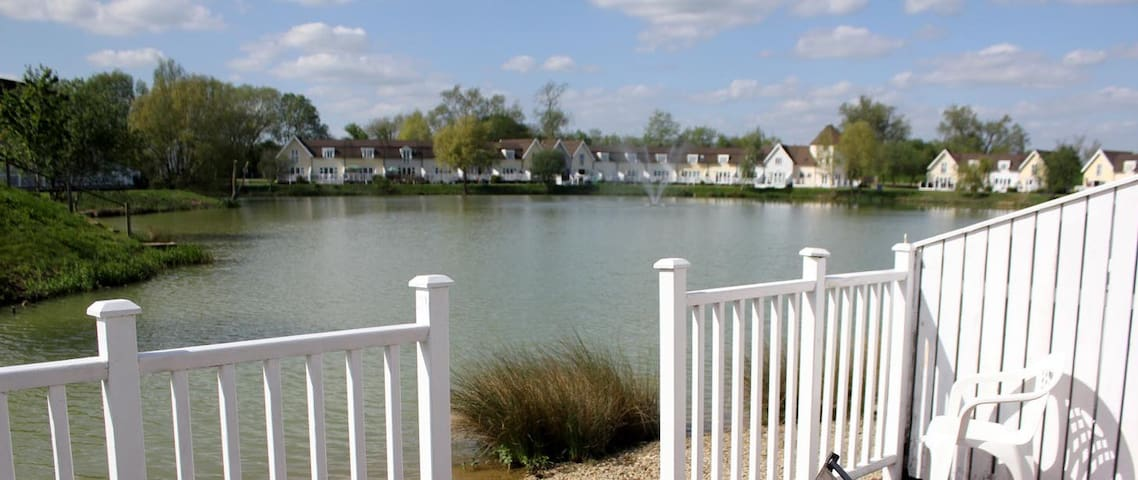 Cotswold Lake Lodge - South Cerney Gloucestershire - South Cerney - Rumah