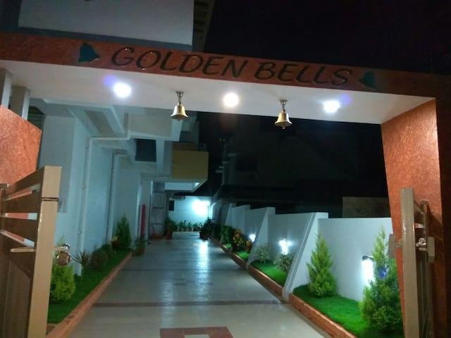 Golden bells premium service apartm - Mysuru - Apartament