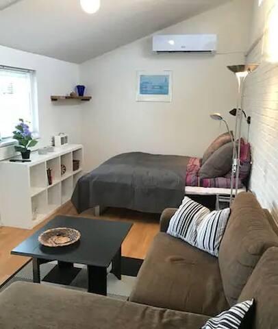 sofa og dobbelseng