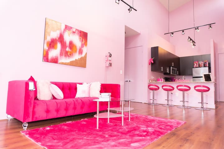 The Luxurious Pink Babe Cave in Buckhead!