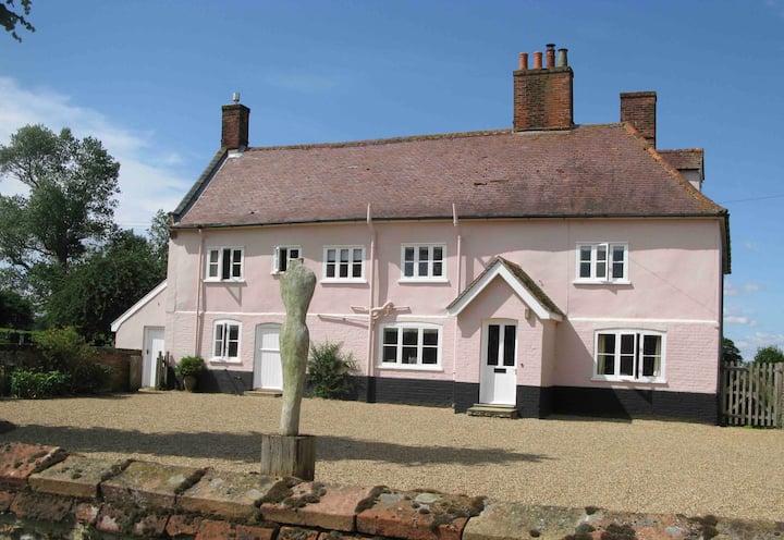 Peaceful Grade II Listed Farmhouse.