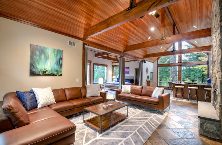 Elk Meadows ~ River Estate ~ Guest House