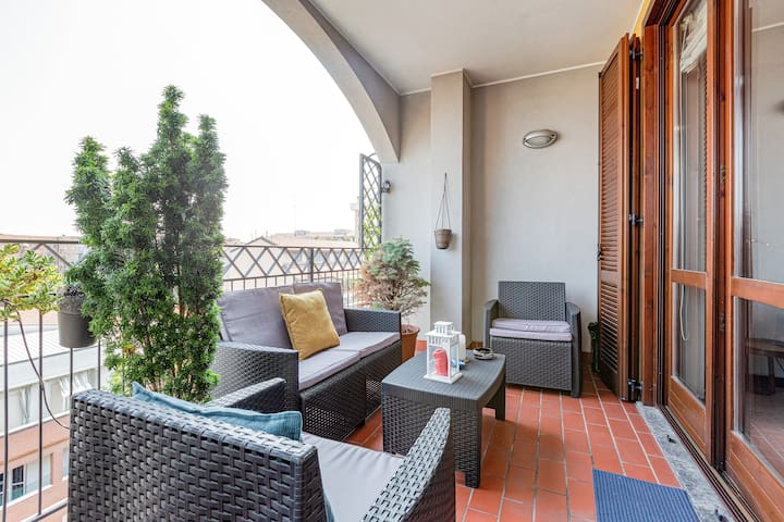 NEW! Renovated and Design APT with huge terrace!