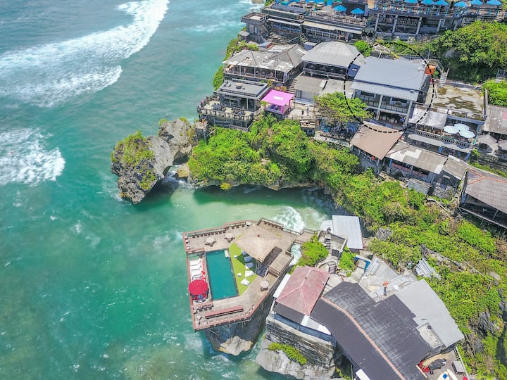 Uluwatu Cliff Apartment - 2Br - Ocean View