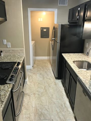 Furnished private Condo North Dallas great located