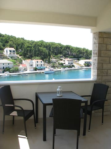 Studio Apartment Ruža Brač Povlja - Povlja - Appartement