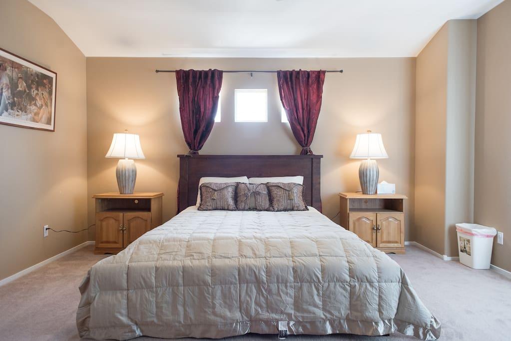 Brown room 1