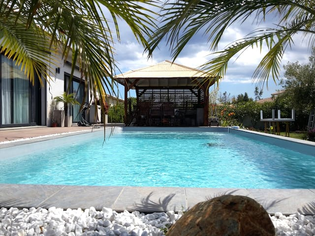 Meravigliosa villa con piscina