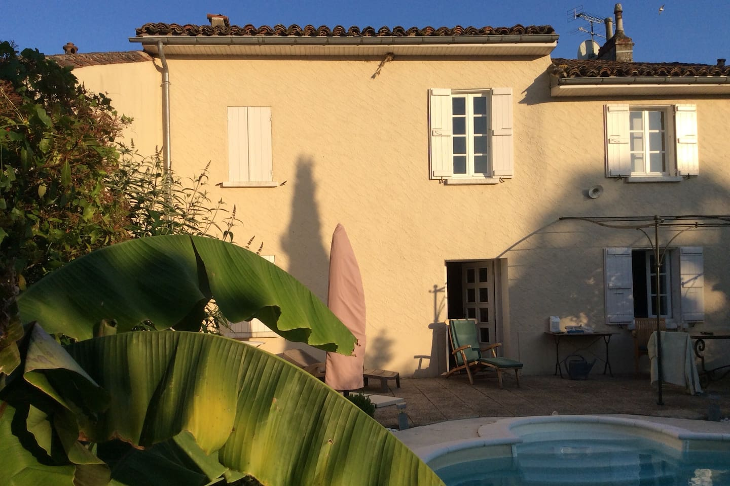 Maison Valentine. 3 ensuite bedrooms.Private heated Swimming pool in the sleepy village of Castet-Arrouy near Lectoure,Le Gers,France